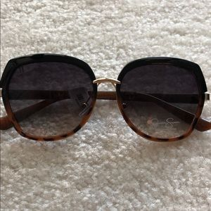 Jessica Simpson large sunglasses NEW
